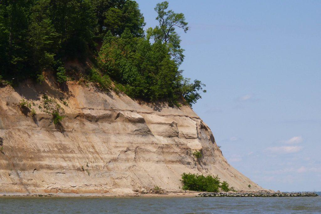 Westmoreland Cliff
